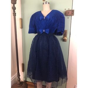 NWT-Navy Blue Tulle Pearl-Skirt